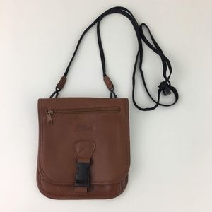 LL Bean Brown Leather Travel Crossbody Wallet
